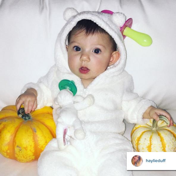 haylie_duff_instagram_ryan_wubbanub_lamb_toddler_halloween_costumes