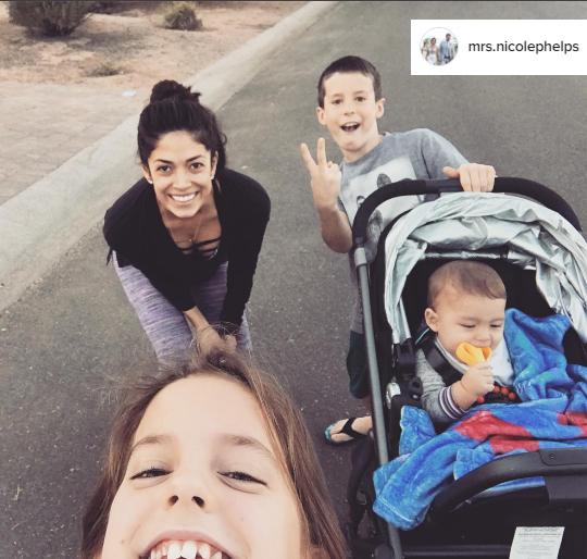 mrs.nicolephelps_instagram_posh_mommy_necklace_zoebar